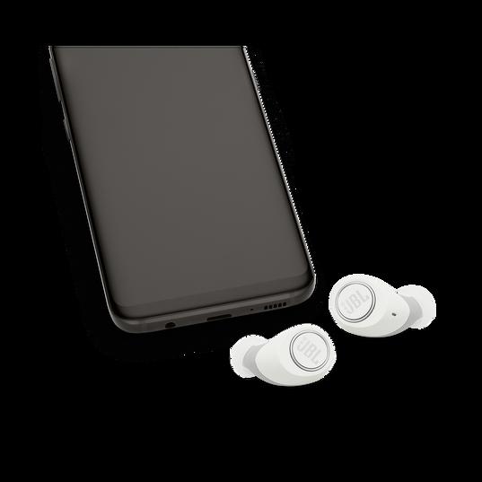 JBL Free X - White - True wireless in-ear headphones - Detailshot 4