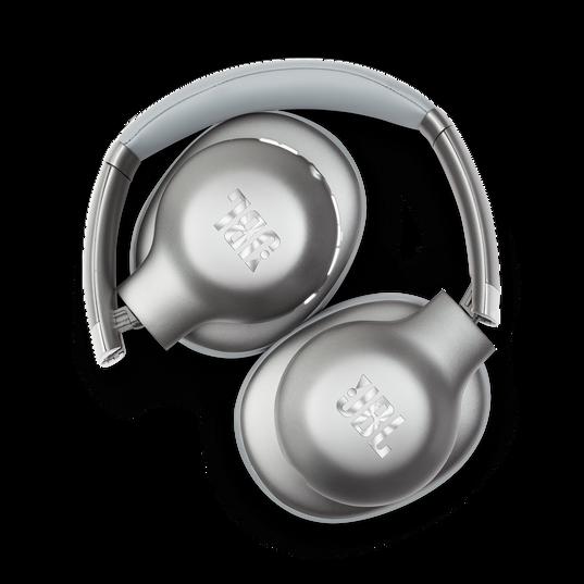 JBL EVEREST™ 710 - Silver - Wireless Over-ear headphones - Detailshot 1